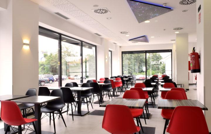 Hotel-new-bilbao-airport-hall-00